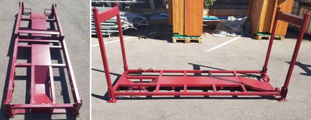 Rote Transportgestelle für den sicheren Transport der Harleys in den Motorradurlaub