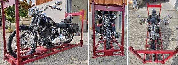 Gestelle für die Lagerung der Motorräder